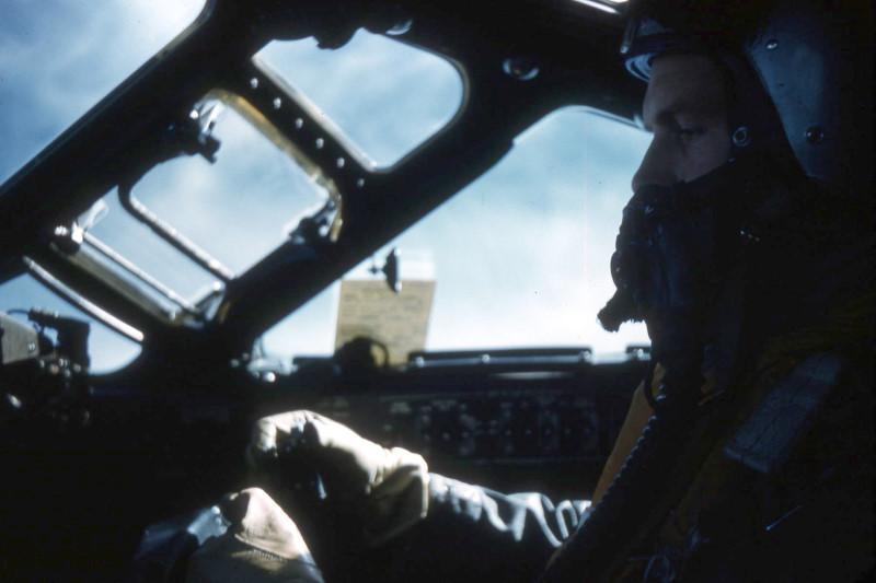 philip0197_val-cockpit